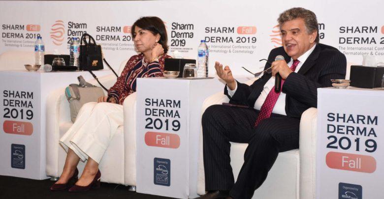 Photo of كبار أطباء العالم في ختام فعاليات مؤتمر شرم ديرما ٢٠١٩ تحت سفح الأهرامات