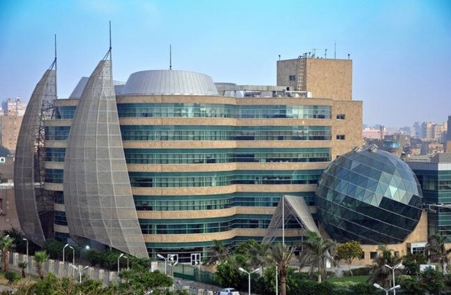 """Photo of مستشفى 57357 يستقدم جهاز متطور لـ """"الصيدلة الإكلينيكية"""""""